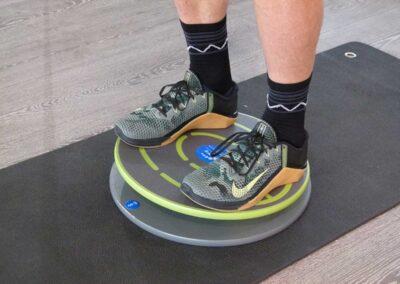 512 Beidbeinige Kniebeuge klassisch mit Balance-Control