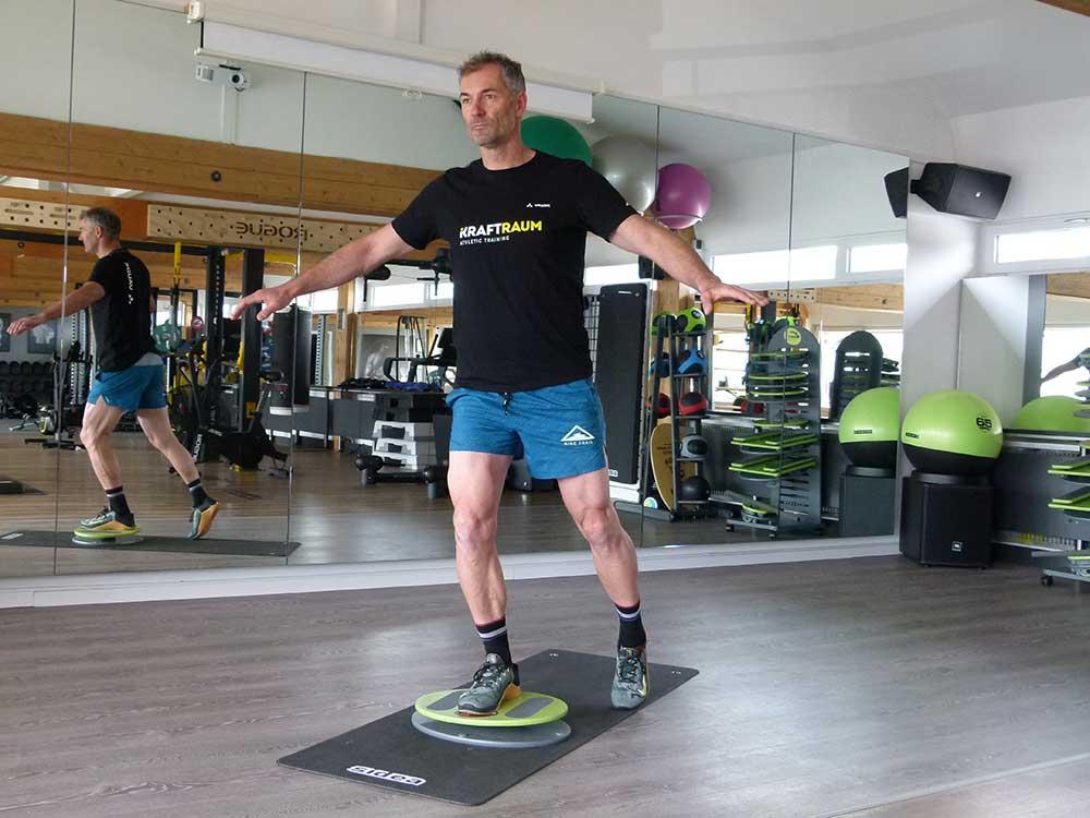 MFT Bodyteamwork Trainingstipps Einbeinstand