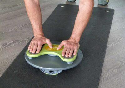 Trim Disc Übungen in der Liegestützposition und Rückenlage – Basis Sport – Rumpfstabilität