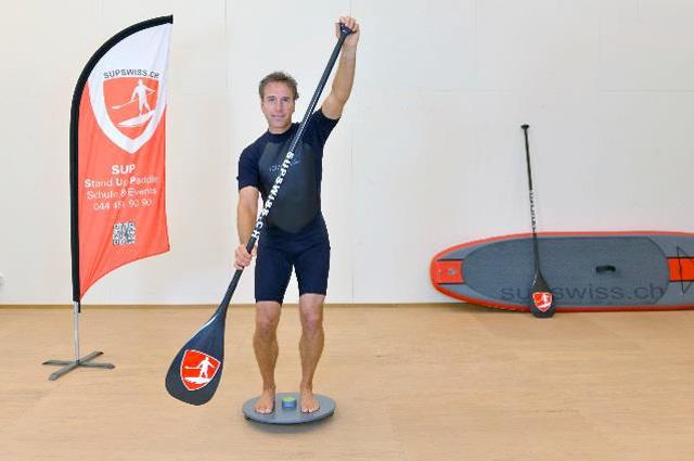 Stand-Up Paddle Training auf der MFT Sport Disc